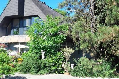 Villa mit zwei Wohneinheiten als Anlageobjekt