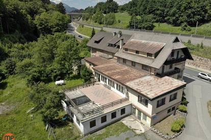 Geräumiges Gewerbe für Gastgewerbe und Hotellerie in naturnaher Ruhelage