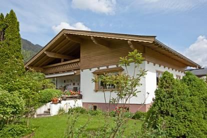 Gepflegtes Haus beim Golfplatz Schwarzsee