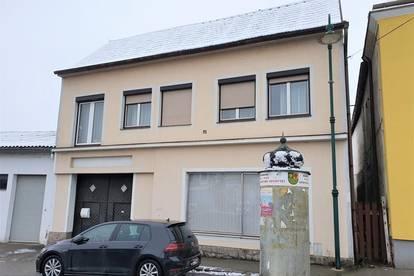 Im Zentrum von Wiesen!  CHARMANTES kleines Zinshaus 165m2 + 120m2 Nebengebäude zum entwicklen!  DG Potenzial