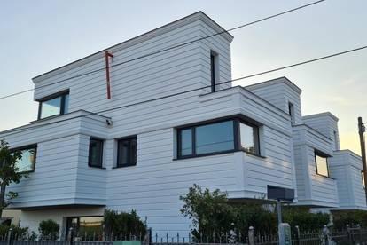 Luxuriöses Reihenhaus in Grünlage und Ruhelage mit 2 Balkonen ausgestattet