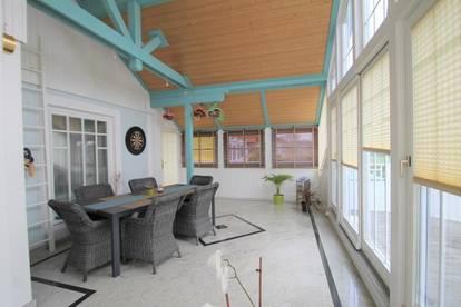 Einfamilienhaus mit Photvoltaik-Solaranlage ++ 735m² Garten ++ sehr heller Keller ++ Wintergarten ca. 30m² ++ 6 Zimmer