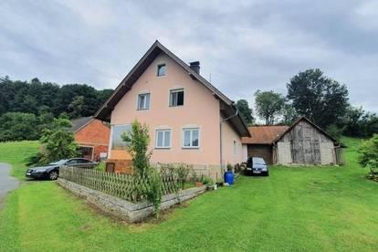 ***Schönes Einfamilienhaus in purer Natur***
