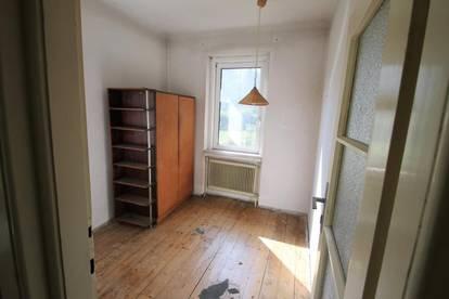 ++ Grundstück 693m²  8 Zimmer Wfl. 155m²  Balkon    Garage 1 VOLL UNTERKELLERT 75m² ++