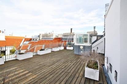 Exklusives Dachgeschoß mit 55m2 traum Terrasse!!  ** Zentrum Ruhelage NÄHE PEEK gelegen!  U-Bahn, Unbefristet **
