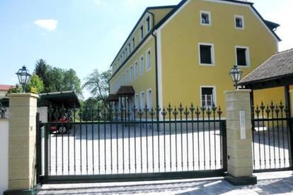 Wunderschöne Ferienapartments (68-81m²) mit Balkon und Carport im wunderschönen Südburgenland! Erstbezug!