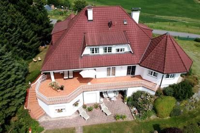 Herrschaftliches Anwesen in einzigartiger Lage mit wunderschönem Panoramablick - Nähe Therme Loipersdorf!