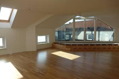 Exklusives Penthouse (133m²) mit Terrasse und Lift über den Dächern von Fürstenfeld! Provisionsfrei!