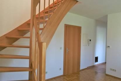 Fürstenfeld: Geräumige Maisonette-Mietwohnung (47m²) mit Balkon in zentraler Lage!