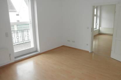 Helle Mietwohnung (55m²) mit Terrasse in ruhiger zentraler Lage in Jennersdorf!