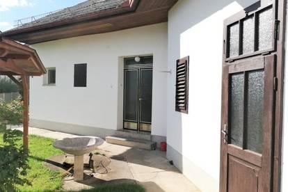 Großzügiges Einfamilienhaus (150m²) mit herrlichem Garten in ruhiger, zentraler Lage in Fürstenfeld!
