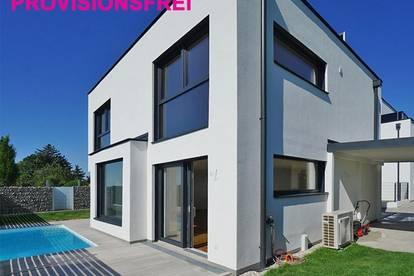 ERSTBEZUG - PROVISIONSFREI ! Einfamilienhaus mit Pool und Dachterrasse in Vösendorf