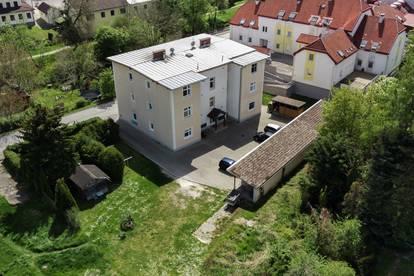 Zinshaus mit 12 Wohneinheiten inkl. Parkflächen im Hof nahe Wiener Neustadt