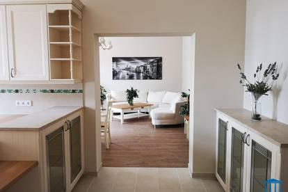 Neu sanierte Landhausstil-Wohnung mit Haus-Charakter und Garten (provisionsfrei)