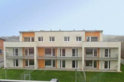 Dobermannsdorf. Geförderte 3 Zimmer Wohnung   Terrasse   Miete mit Kaufrecht.
