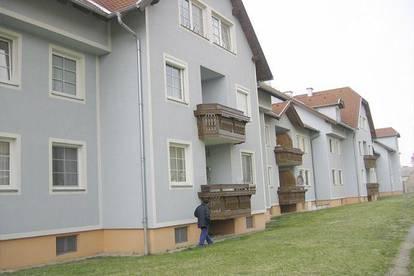 Trautmannsdorf. Geförderte 3 Zimmer Mietwohnung.