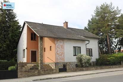 Parkähliche Grünoase samt Wohnhaus wartet auf neuen Eigentümer