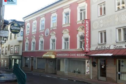 Wohn- u. Geschäftshaus, zusätzlich stehen gegen Höchstgebot 43 sehr selten angebotene und daher sehr begehrte Anteile an der bürgerlichen Forstkommune Mariazell zum Verkauf.