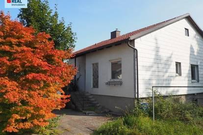 Herrliches Grundstück mit sanierungsdürftigen Bungalow in Ernsthofen