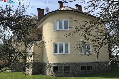 Architektenvilla mit großzügigem Garten im Waldviertel