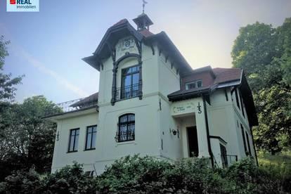 Jahrhundertwende Villa in idyllischerWaldrandlage- Ein Schmuckstück für Liebhaber