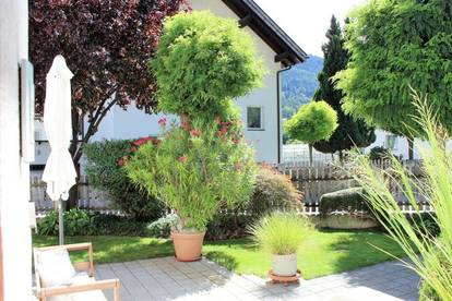 Liebevoll gestaltetes Mehrfamilienhaus mit großem Garten...!
