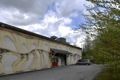 WERKSTATT / LAGERHALLE / (OLDTIMERGARAGE) mit BÜRO nahe Kitzbühel