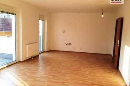 Helle große 2-Zimmer Balkonwohnung