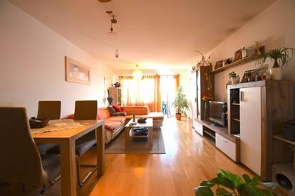 Optimal aufgeteilte 3 Zimmer Wohnung inkl. Küche & Balkon mit Fernblick - inkl. Stellplatz im Innenhof