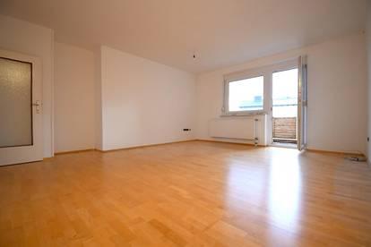 Pärchen-/ Familienwohnung mit 3 - Zimmer inkl. Balkon/Loggia, Küche & Stellplatz in Zistersdorf - PROVISIONSFREI - inkl. HEIZUNG/WARMWASSER