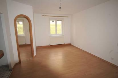 2 Zimmer Wohnung im Zentrum 18328