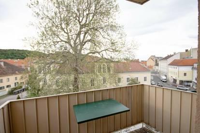 3-Zimmer Wohnung mit Balkon mitten am Josefsplatz