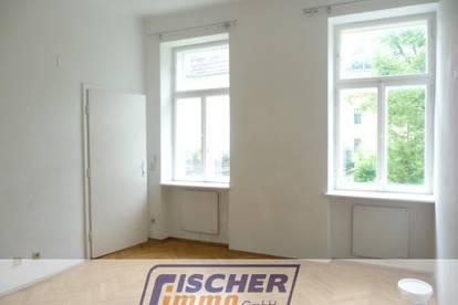 Geräumige 1-Zimmer-Altbauwohnung im Helenental mit Gemeinschaftsgarten/4