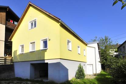 Grünburg - Einfamilienhaus mit Keller, Garage und kleinem Garten!