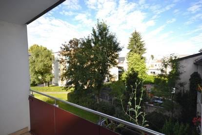 1.-Bezug I Generalsanierte Design-Garconniere mit sonnigem Balkon nahe Techno-Z/Bahnhof