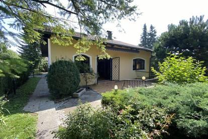 3031 Pressbaum/Rekawinkel, Einfamilienhaus am Waldrand, 203m² Wohnfläche, 7 Zimmer + Nebenräume, Terrasse, Garage, Ruhelage, gepflegter guter Zustand