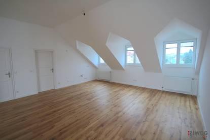 Dachgeschosswohnung mit Terrasse --- 4- Zimmer --- Optimale Raumaufteilung --- Blick auf den Schafberg