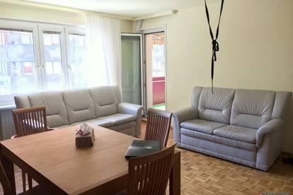 ** möblierte, helle 2,5-Zimmer Neubauwohnung mit Süd-west Loggia nahe der Dresdnerstraße **