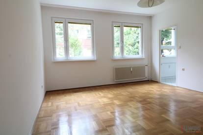 ++NEU++ schmucke 1- Zimmerwohnung in U-Bahn Nähe