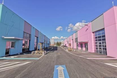 Neu errichtetes Geschäftsviertel mit Produktions-, Verkaufs- & Büroflächen