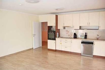 Helle Eigentumswohnung mit 2 Parkplätze in 2491 Neufeld an der Leitha, Obj. 12503-SZ