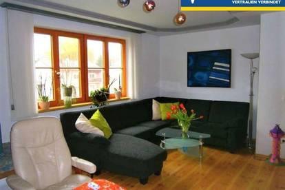 <b>4 Zimmer Mietwohnung mit Wintergarten und Dachterrasse</b>