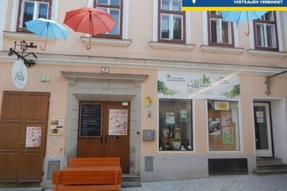 <b>Stadthaus mit Gewerbeanteil in der Fußgängerzone</b>