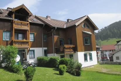 Geförderte 2-Zimmerwohnung mit hoher Wohnbeihilfe oder Mietzinsminderung mit 2 Balkonen und Carportplatz