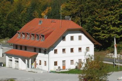 Gemütliche 3-Zimmerwohnung mit Abstellplatz in Hof!