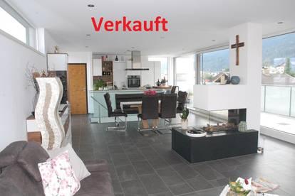 Edle Dachgeschoßwohnung mit Reihen-Penthouse Flair