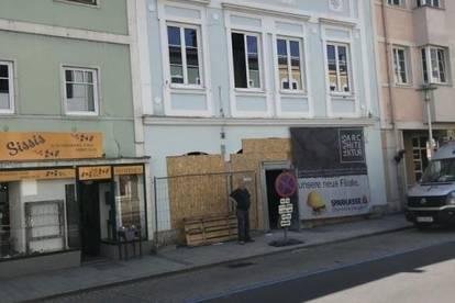 SCHWANENSTADT ZENTRUM - ATTRAKTIVES BÜRO/PRAXIS - FLEXIBLE FLÄCHENEINTEILUNG