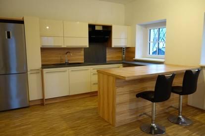 Aparte Mietwohnung mit 2 Schlafzimmern und Balkon