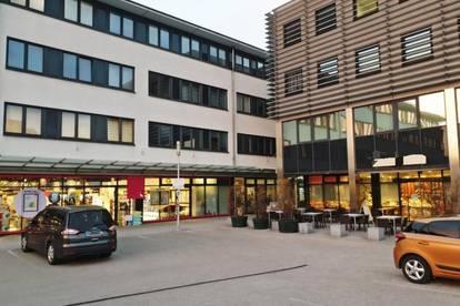 Attraktive Ordinationsräumlichkeit im Zentrum von Thalheim