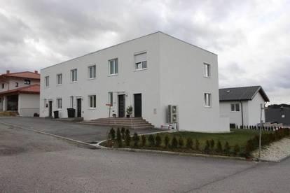 ERSTBEZUG - modernes Reihenhaus Nähe Ried im Innkreis
